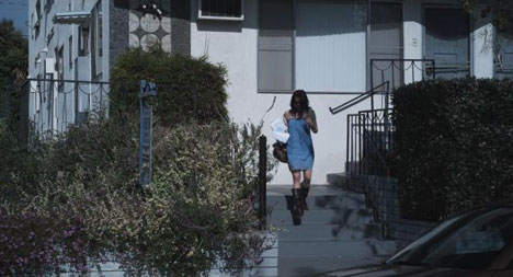 Gia leaves Joe's apartment in Missing Child